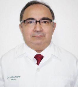 Antonio R. Negrão Costa – diretor médico